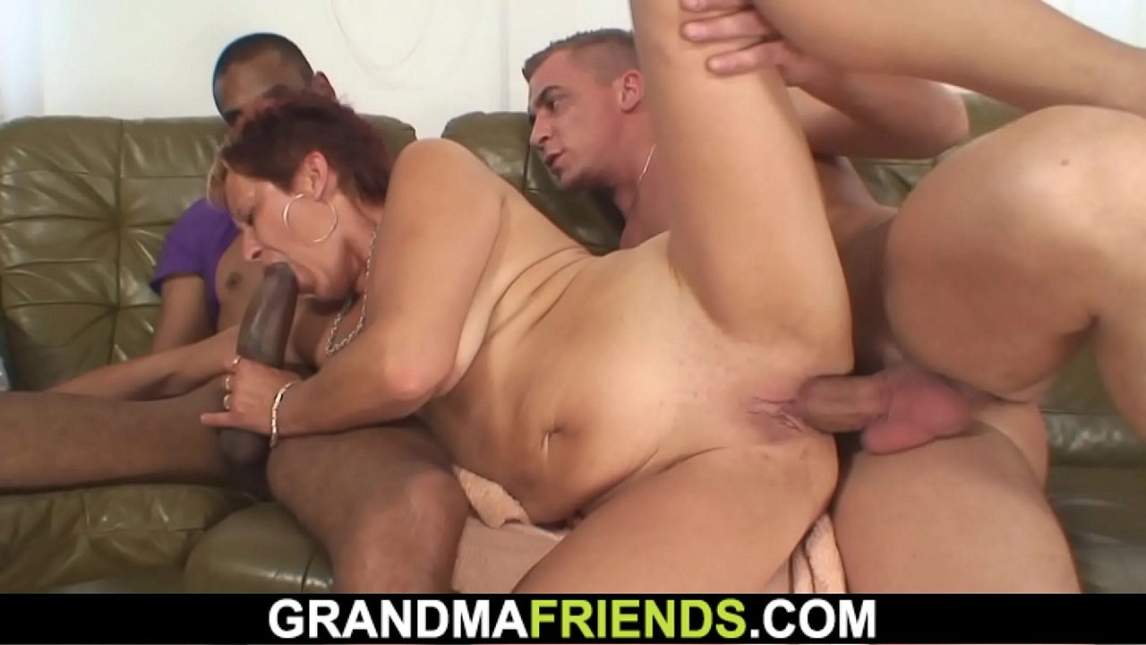 Mature intterracial threesome