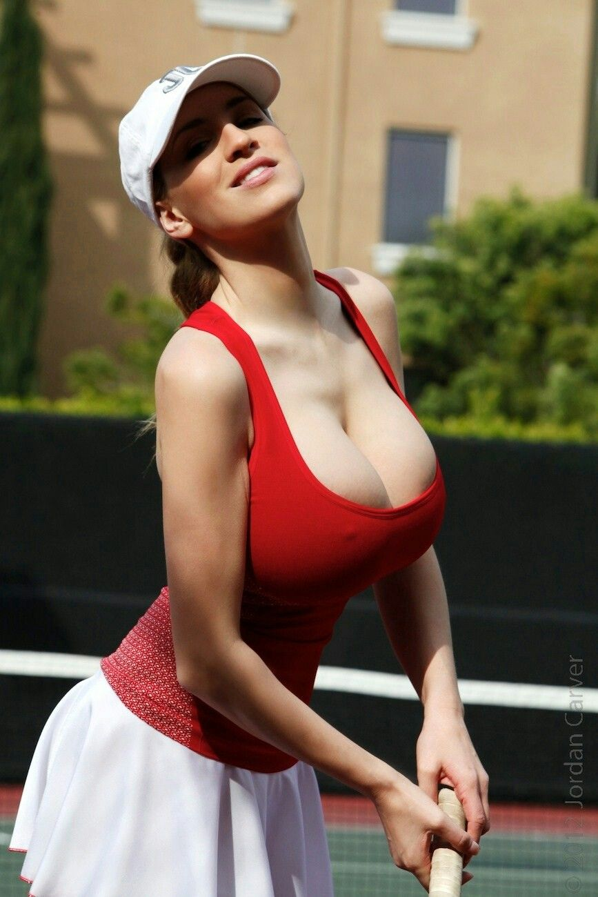 Busty nude tennis players