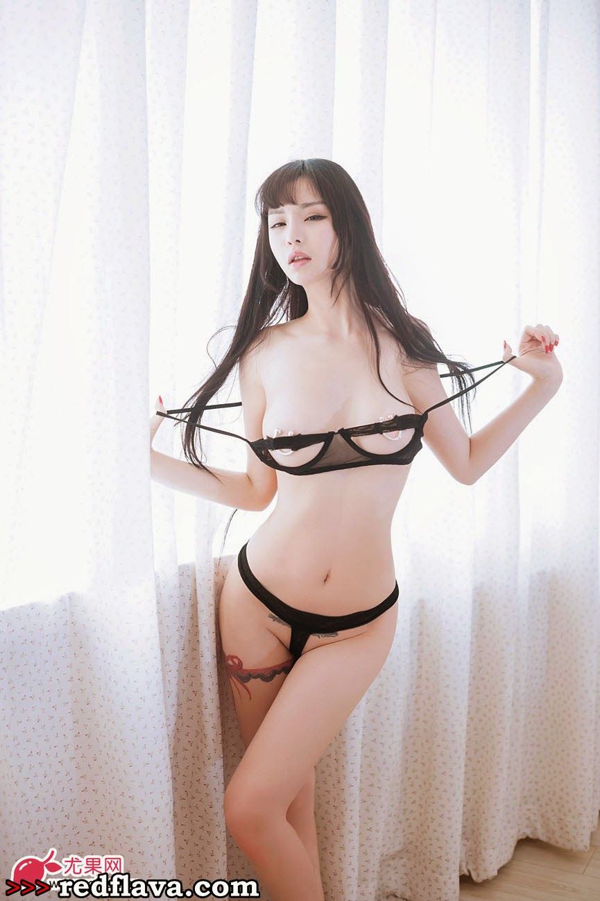 Hot picks of nude chineses