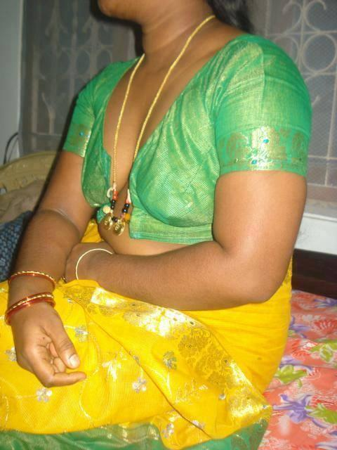 Real aunty hot images